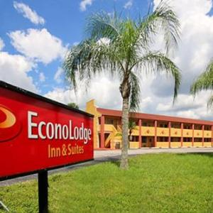 Econo Lodge Inn & Suites Maingate Central Kissimmee